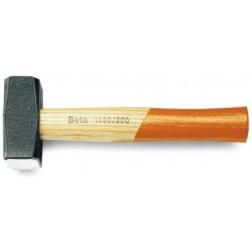 vuisten met houten steel